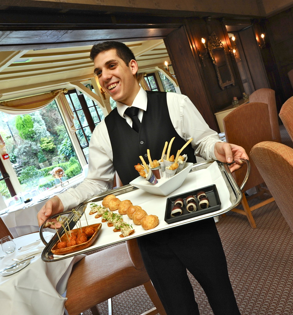 SLOAN! Magazine reviews New Forest Hotel The Montagu Arms