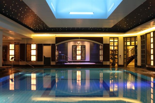 pool (640x427)