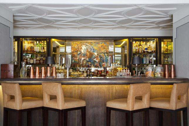 Lanes of London Bar