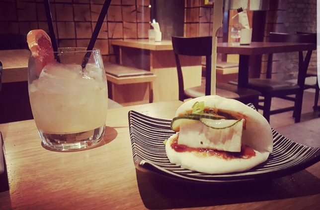 Pork Bao and Grapefruit Beringer - credit Lucas Di Ambrozio