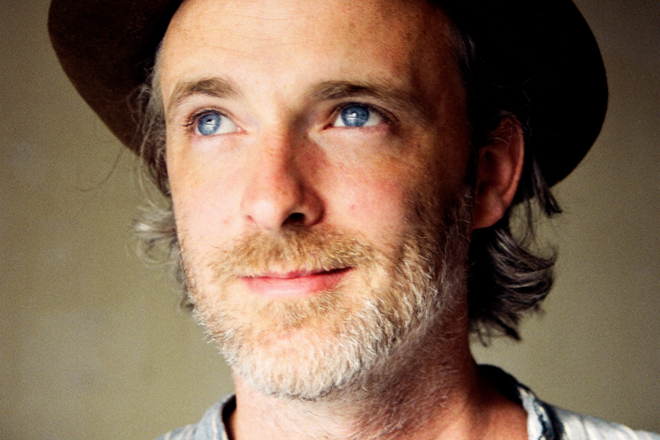 In Conversation with Fran Healy - SLOAN! Magazine