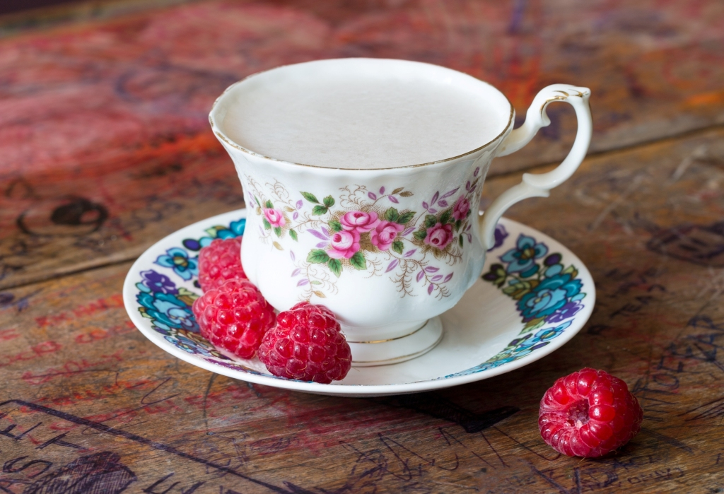 French Martini Teacup
