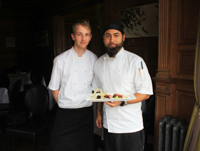 (L-R) Head Chef Kieran Hunt with Sous Chef Kieran Gough