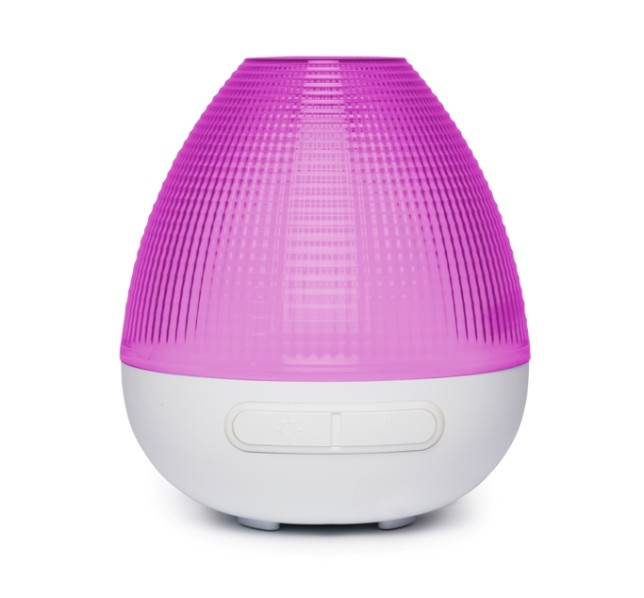 Marina Aroma Diffuser from madebyzen (RRP £49.99) - for stockists visit madebyzen.com (cut out)