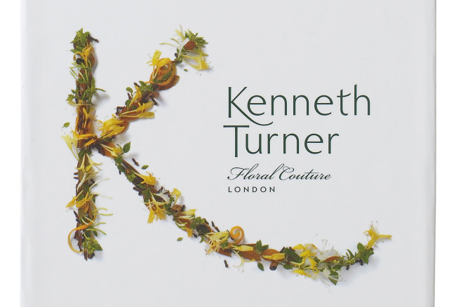 Kenneth Turner London Signature Candle