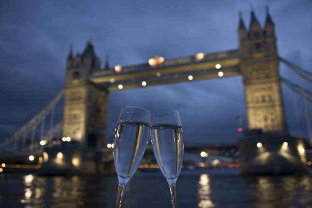 London Bridge Champagne