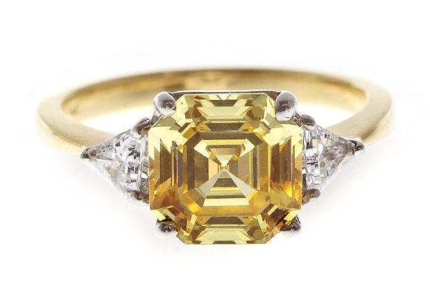 Sunshine Asscher Ring £160