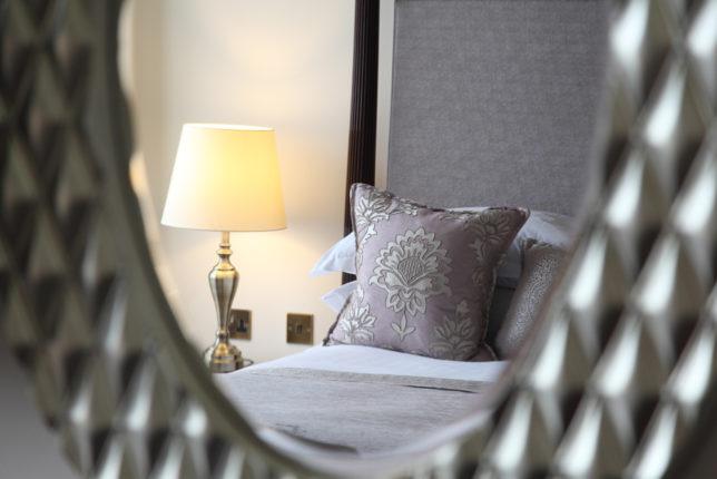 LR Macdonald Randolph Hotel 103 detail 9