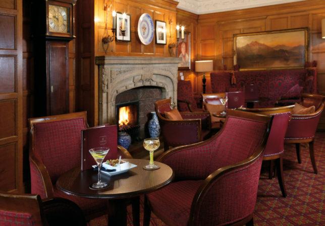 LR Macdonald Randolph Hotel Morse Bar 1
