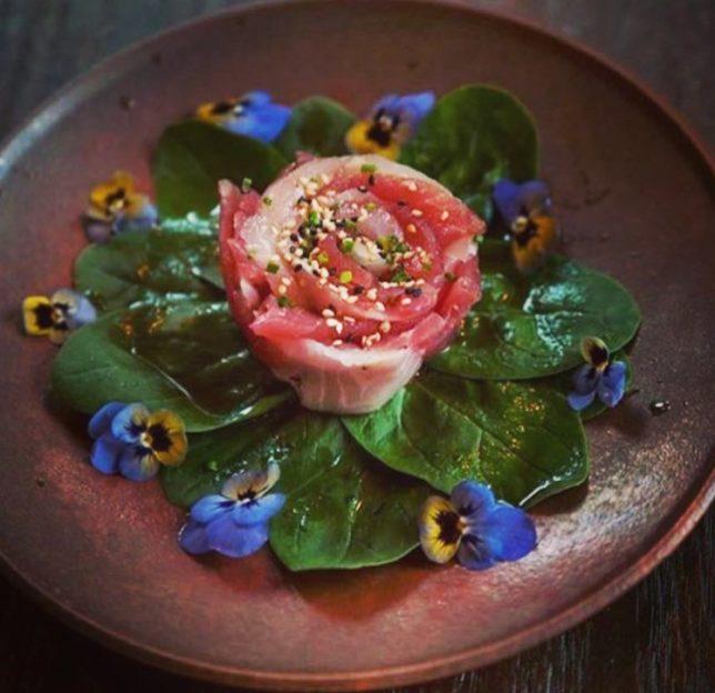 brightened-tuna-sashimi-rose