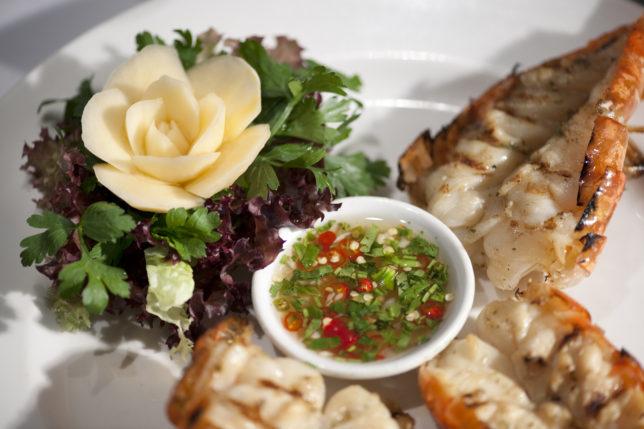 nipa-thai-food