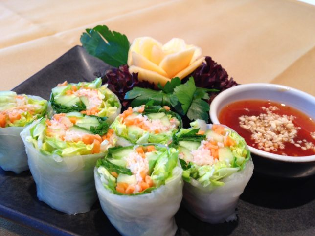 steamed-spring-roll-with-prawns