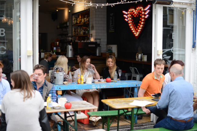 bens_canteen_outside_dining_shot_pic3