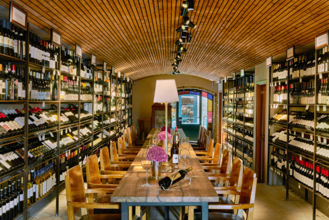 cellar-wine-tasting