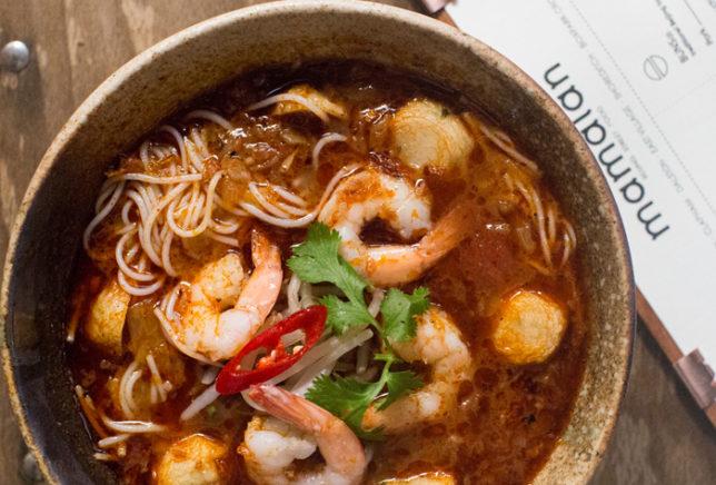 lr-mamalan-seafood-noodle-soup