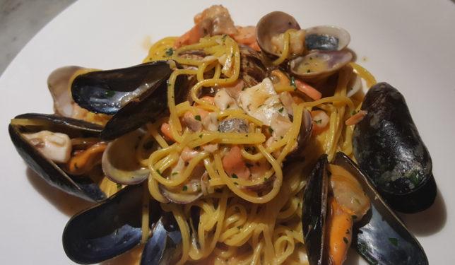 theos-simple-italian-sloan-04