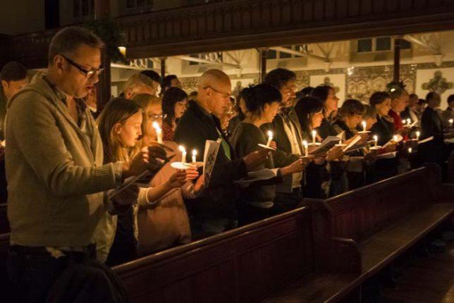 carols-by-candlelight-2015-1