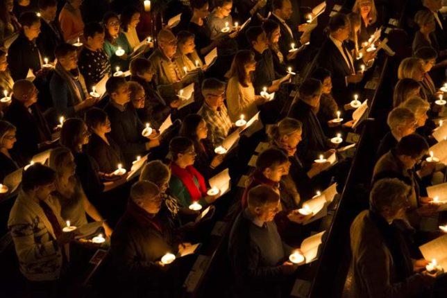 carols-by-candlelight-2015-2