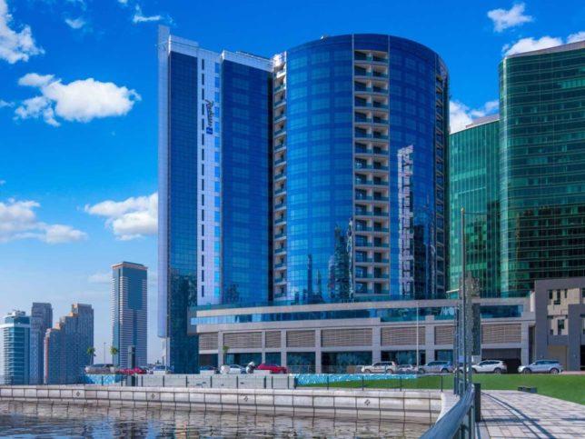 Radisson Blu Hotel Dubai Waterfront The Friendliest 5 Star Hotel In Dubai Sloan Magazine